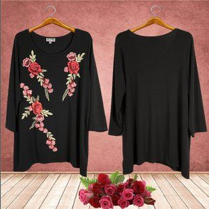 NWOT Plus JM Collection Black Embroidered Tunic 2X